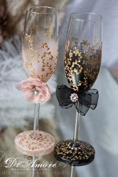 Wedding Champagne Flutes, Blush Pink Wedding Glasses, Bride and Groom Toasting Flutes Dusty Blue Wedding Flutes Personalized Mr and Mrs Gift Trend Handmade Wedding Champagne glasses/ bride and от DiAmoreDS Wedding Gifts For Bride, Handmade Wedding, Bride Gifts, Gold Wedding, Wedding Ideas, Wedding 2015, Wedding Cups, Table Wedding, Wedding Wine Glasses