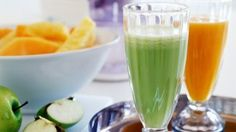 Celery, apple and ginger juice. This healthy celery and apple juice is surprisingly tasty and very refreshing. Healthy Juice Recipes, Healthy Juices, Healthy Drinks, Smoothie Recipes, Healthy Eating, Juicer Recipes, Blender Recipes, Yummy Drinks, Healthy Foods