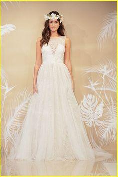 20+ Best Wedding Dresses from New York Bridal Festival 2017 http://www.ysedusky.com/2017/03/12/20-best-wedding-dresses-from-new-york-bridal-festival-2017/
