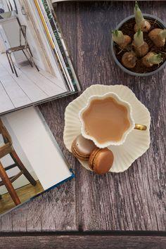 Antique Passion Cuppa Tea, Pie Dish, Tea Set, Macarons, Tea Time, Tea Cups, Antiques, Passion, Illustrations