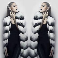 Luana Codreanu - Glamuros Fur Coat, Zara Black Top, Zara Leather Pants - Furaddict. Zara Black, Black Tops, Leather Pants, Fur Coat, Winter Jackets, Couture, Outfits, Fashion, Pink Butterfly