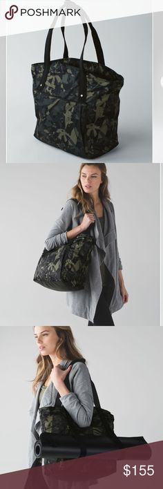 Lululemon Live Free tote pre owned Pre owned Lululemon tote. Great roomy tote to carry to the gym or for travel. Side steps for yoga mat. lululemon athletica Bags Totes
