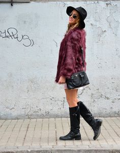 Soy Tendencia, Santiago fashion blog chile Chile, Knee Boots, Fur Coat, Sweaters, Blog, Jackets, Outfits, Dresses, Fashion