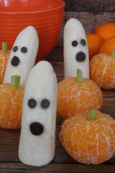 Clementine Pumpkins and Banana Ghosts - Daily Leisure