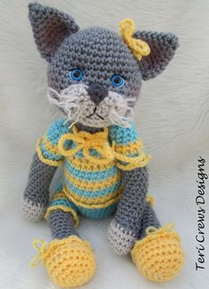 Amigurumi Crochet Pattern Darling Cat by Teri Crews ♡ Crochet Amigurumi, Crochet Dolls, Crochet Baby, Cat Crochet, Crochet Toys Patterns, Amigurumi Patterns, Stuffed Toys Patterns, Basic Crochet Stitches, Crochet Basics