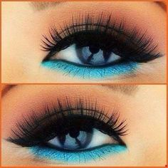 Maq Pop eye make up shadow turquoise eyeliner Eyeliner Make-up, Eyeliner Ideas, Eyeliner Tutorial, Eyeliner Under Eye, Mascara, Eyebrows, Cute Makeup, Pretty Makeup, 80s Makeup