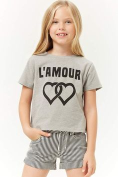 Forever 21 is the authority on fashion & the go-to retailer for the latest trends, styles & the hottest deals. Shop dresses, tops, tees, leggings & more! Black Kids Fashion, Tween Fashion, Forever 21 Kids, Hat Hairstyles, Cute Kids, Latest Trends, Graphic Tees, Girl Outfits, T Shirts For Women