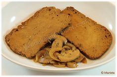 """El seitán es conocido como """"la carne vegetal"""" y es mucho más sano que la carne en si. Su base es el gluten de trigo y contiene un montó..."""