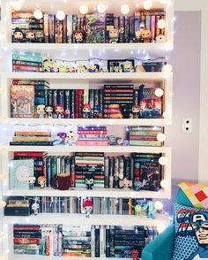 Cute Bookshelf colorful books and pillows | looks for books | pinterest | pillows