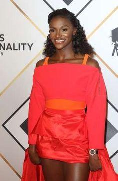 Dina Asher Smith, Lady In My Life, Black Queen, Female Athletes, Athletics, Dark Skin, Sports Women, Black History, Movie Stars