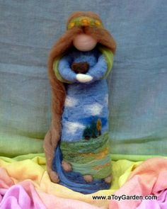 "15"" tall Needle-Felted Mother Earth. She is breathtaking. I think the Wild Child book Mother Earth would be a great inspiration for an autumn version. Maybe I'll make one ..."