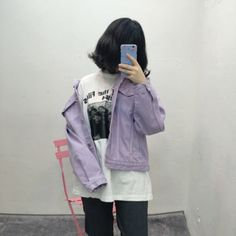 Look at that purple denim help// pair with black boyfriend ripped jeans and sneakers