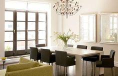 mesa blanca, sillas en gris oscuro... divi!!!