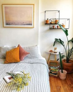 6 Simple and Impressive Tricks Can Change Your Life: Natural Home Decor Rustic Beams natural home decor living room coffee tables.All Natural Home Decor Interior Design natural home decor diy cleanses.Natural Home Decor Earth Tones Woods. Bedroom Inspo, Home Bedroom, Bedroom Inspiration, Hippy Bedroom, Bedroom Colors, Teen Bedroom, Bedroom Wall, Style Inspiration, Bedroom Themes