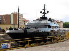 Black Mamba (Giorgio Armani's Yacht)