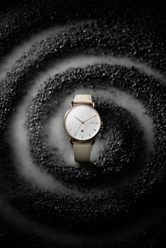 Watches Photography, Jewelry Photography, Creative Photography, Product Photography, Gold Wallpaper Phone, 3d Photo, Still Life, Black Friday, Watches For Men