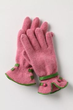 Pink angora trimmed in apple green leather - Button Band Gloves - anthropologie Aka Sorority, Alpha Kappa Alpha Sorority, Sorority Life, Alpha Kappa Alpha Paraphernalia, Running In Cold Weather, Weather Wear, Everything Pink, Color Rosa, Green Fashion