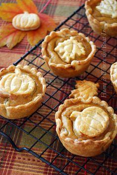 Mini Pumpkin Leaf Pies via Country Living