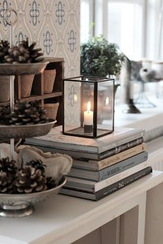 Ebuch: Ein Hygge-Stil Handbuch Hygge furnishing style: New Scandinavian trends - living with classic Decoration Shabby, Decoration Table, Casa Hygge, Winter House, Cozy House, Sweet Home, New Homes, Interior Design, House Styles