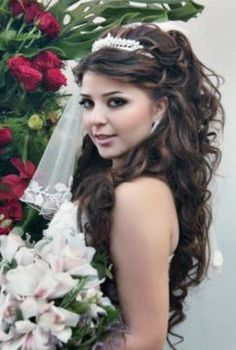 Pretty Quinceanera Hairstyles for Woman : Simple Hairstyle Ideas For Women and Man