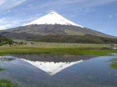 Ecuador:                   Majestätischer Vulkan