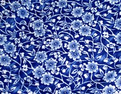 Love this china pattern....