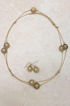 Crystal Sobi Necklace Set | Emma Stine