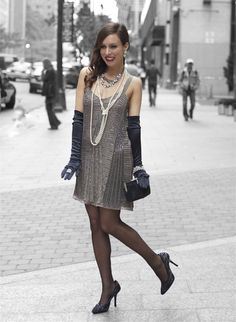 Gatsby party dress - A Great Gatsby Party Costume – Gatsby party dress Great Gatsby Fashion, Great Gatsby Party, 20s Fashion, Look Fashion, Fashion Trends, 1920s Party, Flapper Fashion, Party Fun, Fashion Ideas