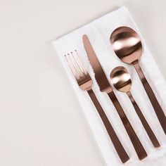 copper crush _ cutlery by Maarten Baas available Tessuti _ Measuring Spoons, Flatware, Dishwasher, Table Settings, Objects, Copper, Interior Design, Tableware, Nest Design