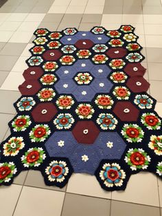 My version  of Friedas flower blanket. Still need to do the sides and the edging