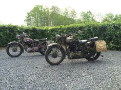 Brothers in Arms....Ariel W/NG and BSA WD M20 both from 1943 Brothers In Arms, Ariel, Bike, Adventure, Vehicles, Motorcycles, Fashion, Motorbikes, Bicycle