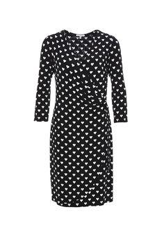 Kleid Herzen 635940