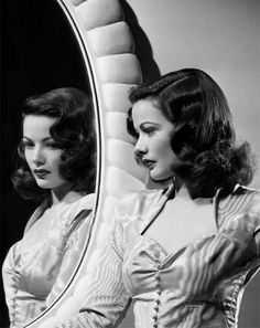 perfect 1940's hair The women back then were so beautiful!!
