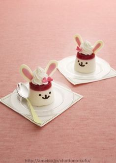 Pana Cotta Bunnies - I need to figure out how to make these as they are adorable! | Yummy & Cute | Pinterest