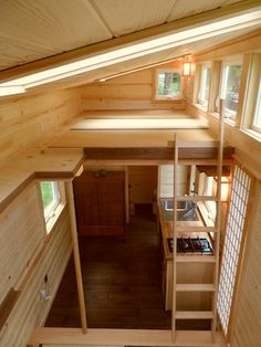 The Tiny Tea House Cottage from the Oregon Cottage Company. The 225 sq ft home was designed to be reminicint of a traditional Japanese tea house. Tiny House Cabin, Tiny House Living, Tiny House Plans, Tiny House On Wheels, Tiny House Design, Loft Design, Cottage House, Small Tiny House, Tiny Tiny