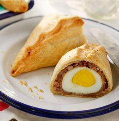 These quick, simple and deliciously classic scotch egg pasties are the perfect snack to enjoy al fresco.