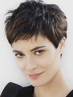 Tunsoarea pixie va înfrumuseța părul mediu și scurt în 2017! 35 de modele deosebite - Perfect Ask