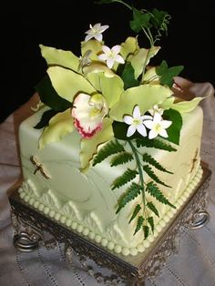 Wedding Cakes With Orchids