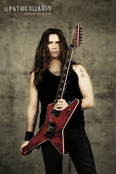 ex guitars Gus G.2000-2005 Gus G, Meaningful Lyrics, Greatest Hits, Going Out, Film, Stuff Stuff, Guitar Players, Revolver, Bees