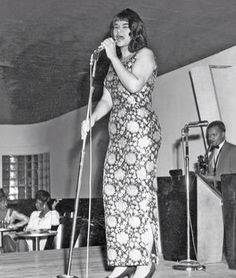 Etta as a young singer