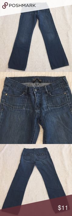 """Old Navy """"The Diva"""" Low-Rise Jeans Old Navy """"The Diva"""" Low-Rise jeans. Old Navy Jeans"""