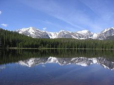 Rocky Mountain National Park, Estes Park, CO Colorado Springs, Colorado Usa, Travel Booking Sites, Mountainous Terrain, Road Trip Destinations, Beautiful Places To Travel, Beautiful Things, Estes Park, Rocky Mountain National Park