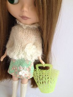 Little Darlings  vintage plastic basket for Blythe doll  by polly