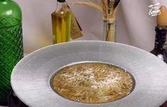 Sopa de setas y hongos | Receta de Sergio Best Spanish Food, Spanish Desserts, Tapas Recipes, Oatmeal, Dairy, Cheese, Traditional, Ideas Navidad, Cooking