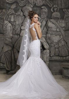 Elegant Mermaid Wedding Dress, the back so sexy