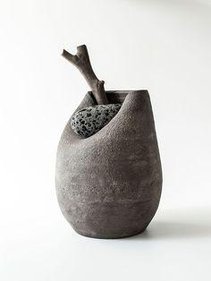 anthology-mag-blog-Stone-Vases-by-Martin-Azua-1