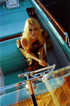 Full of Style, full of Flavour - love the coulour!!  Brigitte Bardot on board the Riva Aquarama