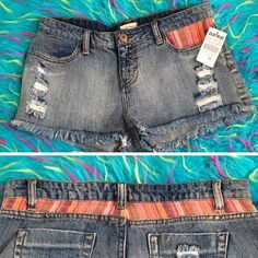 •MAKE OFFERS• NWT✨Distressed Acid Wash Shorts Super cute. New with tags true to size Zumies Shorts