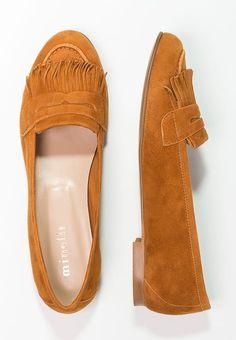 b5a8ef1f226 12 åtråvärda Skor bilder | Casual Shoes, Ankle boots och Beautiful shoes