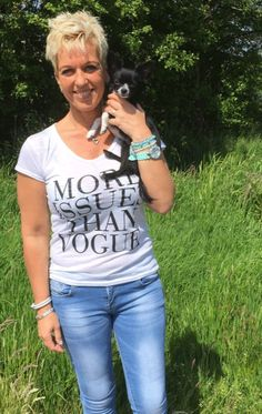 T-shirt met tekst, More issues than vogue